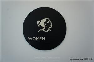 苹果公司总部男洗手间标志   高清图片